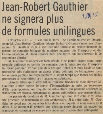 Article de journal rédigé en français, disposé sur une seule colonne. Le titre apparaît en gras, en gros caractères. La date est inscrite à la main à l'encre bleue, à droite du titre. L'article n'est pas signé.